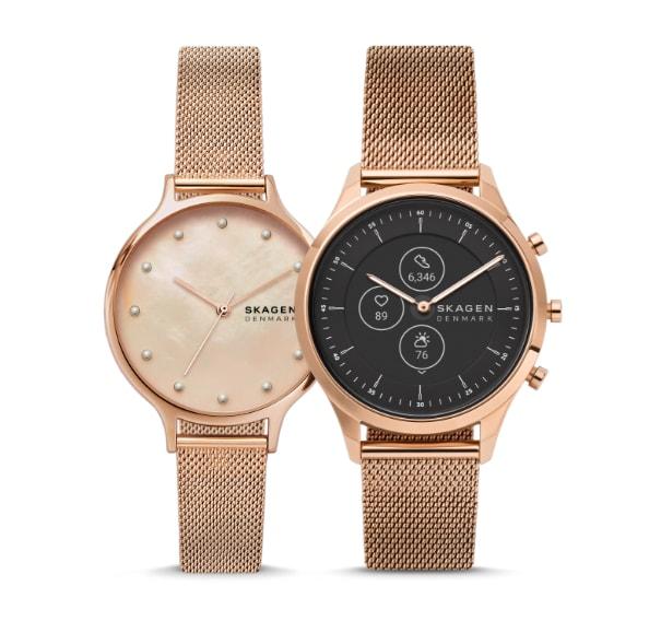 Deux montres pour femmes Skagen en mailles d'acier inoxydable ton or rose.